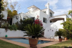 Villa with stunning views Los Naranjos Hill Club